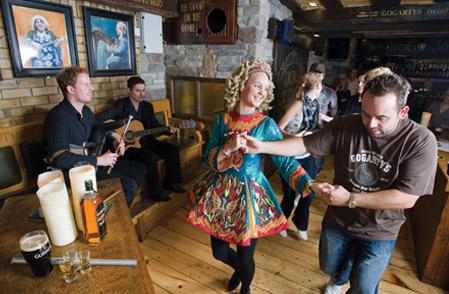 Live Traditional Irish Music Bar – Temple Bar, Dublin |